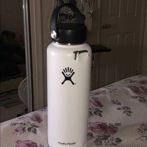 White Hydroflask